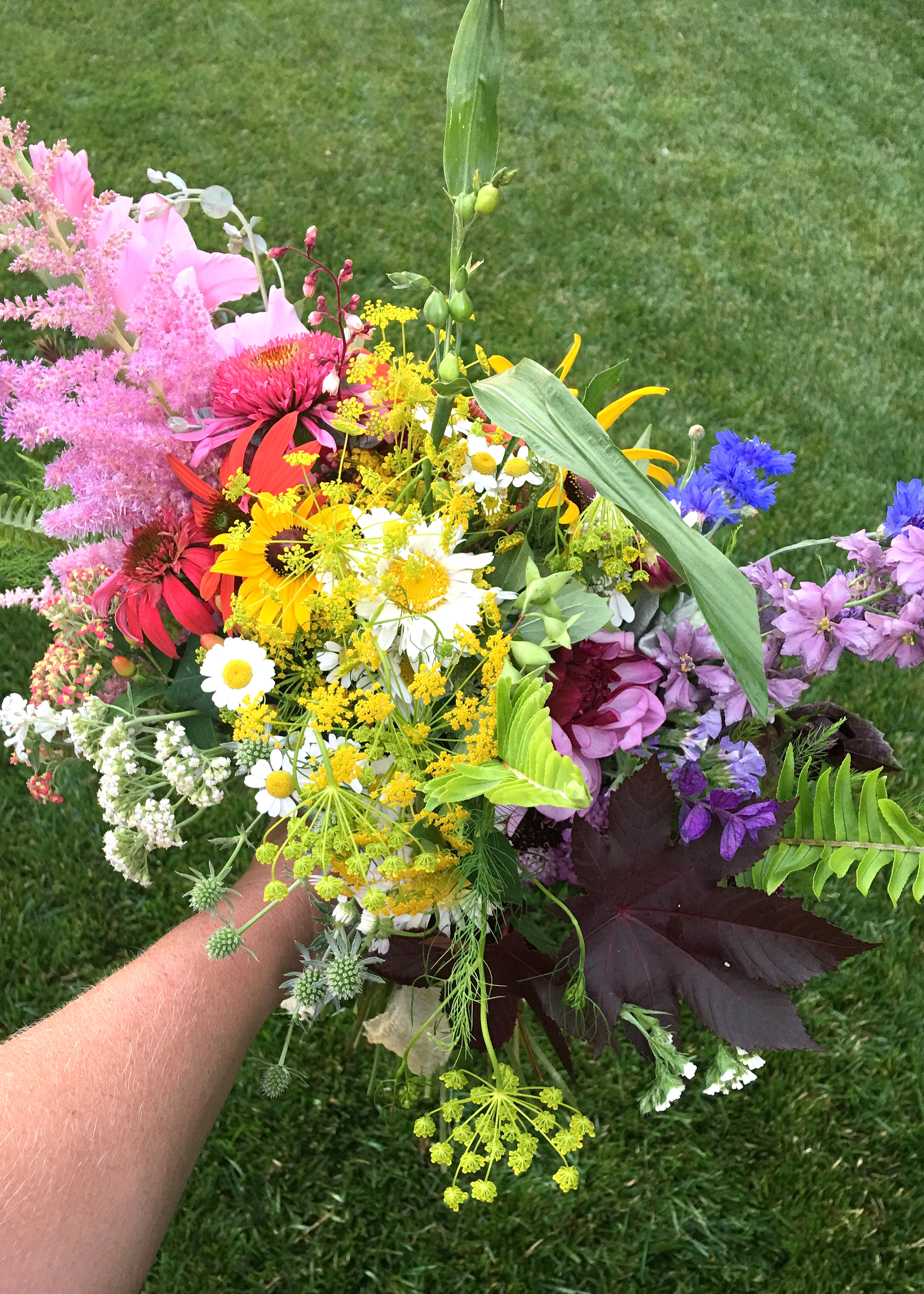 Making a Rainbow Bouquet